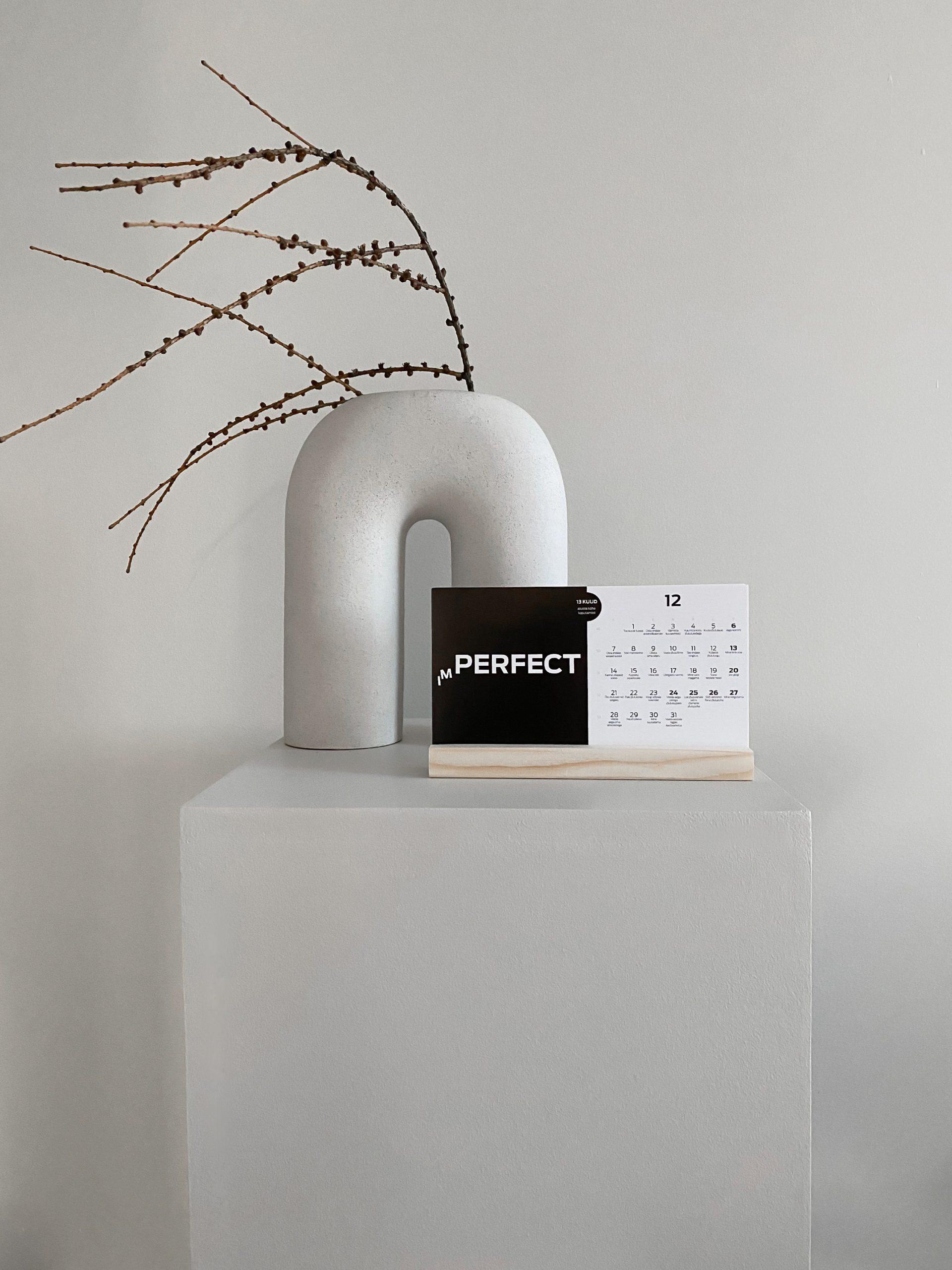 Polaroid fotokaardid puidust alusega (12 kaarti)